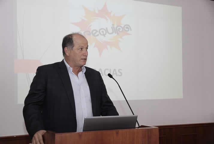 Exposición del Ing. Carlos Carbajal, Gerente de Operaciones de ICCGSA. | Operations Manager of ICCGSA, Carlos Carbajal.