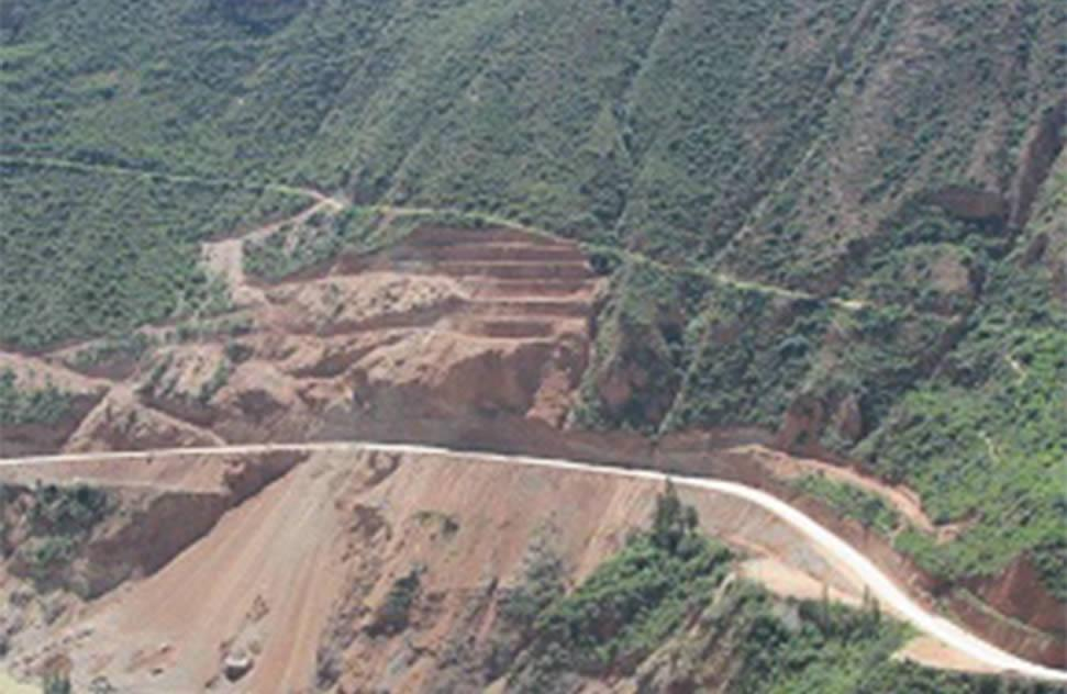 Huancayo – Izcuchaca Section was restored after a mountain landslide in Huancavelica in January