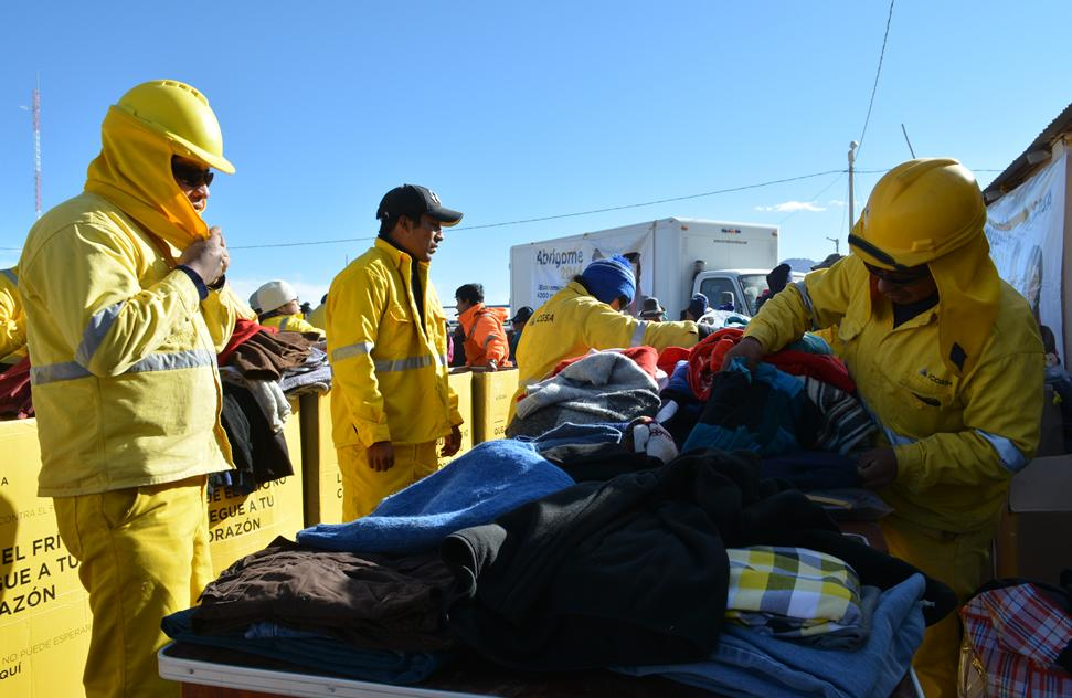 ICCGSA donated warm clothes in the highest areas of Tacna