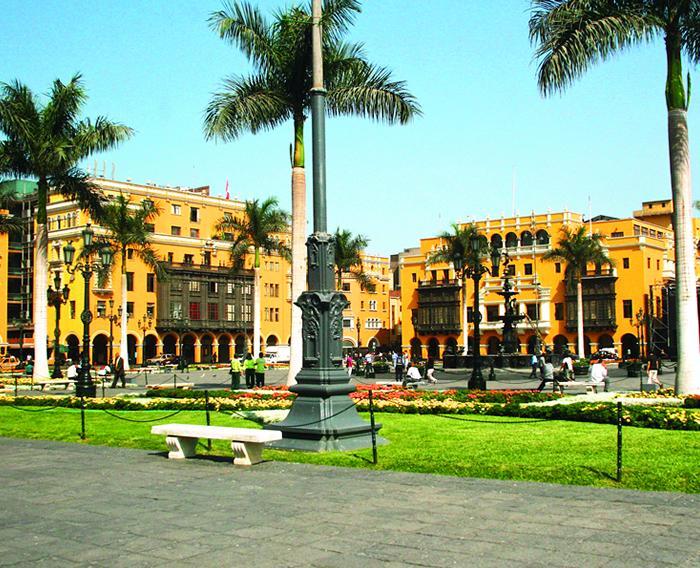 Remodelación de la Plaza de Armas de Lima